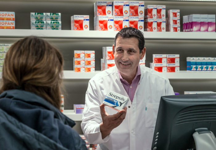 Pharmacists have more time to advise people and truly enjoy a hyper efficient use of time when installing pharmacy robots